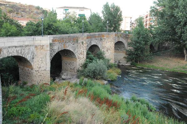 Puente sobre el río Jerte. Plasencia